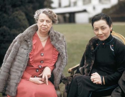 Eleanor_Roosevelt_with_Soong_Mei-ling
